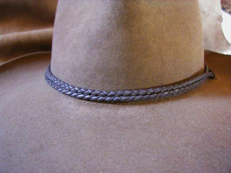 Double loop hatband/stampede strings