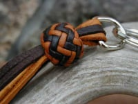 Tan and black pineapple knot